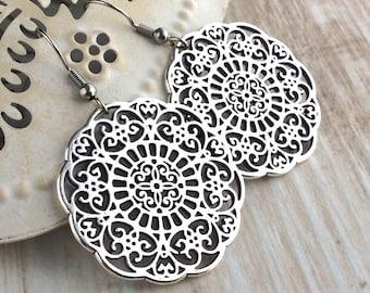Mandala Earrings, Silver Drop Earrings, Silver Dangle Earrings, Antique Silver Earrings, Everyday Earrings, Mandala Jewelry, Large Earrings