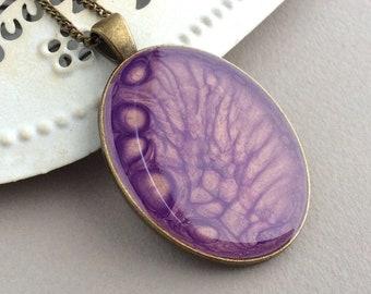 Large Purple Necklace, Long Oval Pendant, Jumper Necklace, Resin Pendant, Fluid Art, Big Pendant, Lilac, Lavender, Light Purple, Colourful