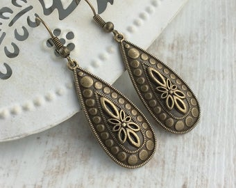 Bronze Teardrop Earrings. Simple Earrings. Bronze Dangle Earrings. Antique Bronze Earrings. Elegant Earrings. Charm Earrings. Boho Earrings