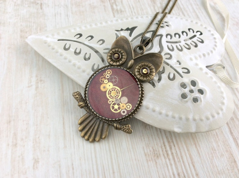 Clockwork Owl Necklace. Steampunk Pendant. Bird Jewelry. Owl image 0