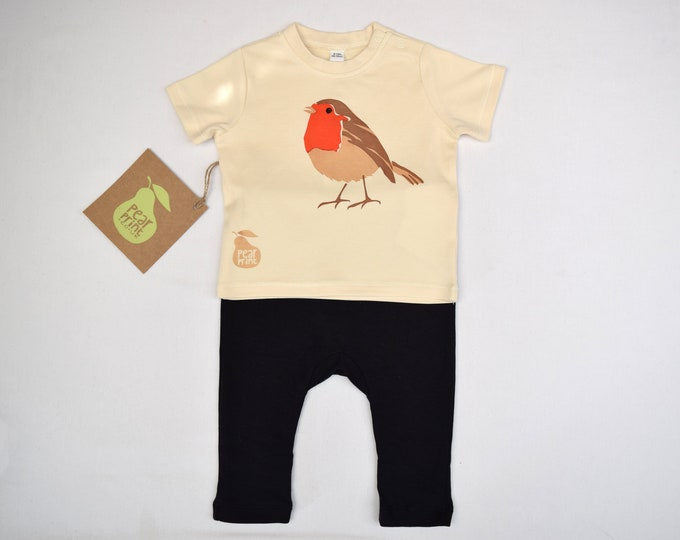 Baby robin outfit, t-shirt in natural organic cotton and black leggings. Baby boy or baby girl gift.