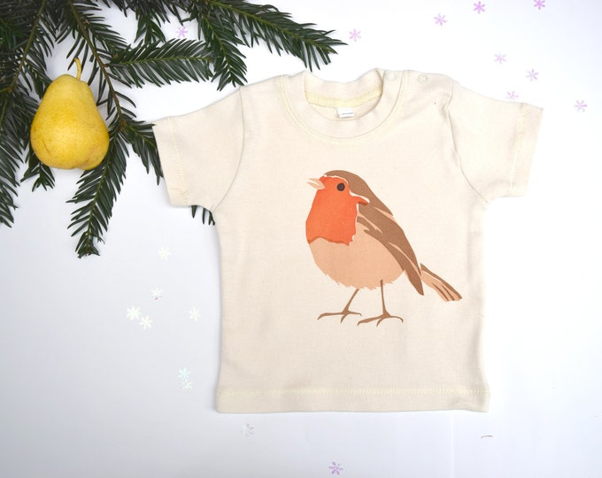 Baby t-shirt in natural organic cotton with robin. Baby boy or baby girl gift.