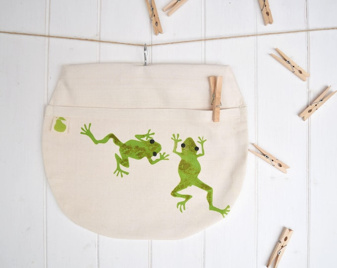 Frogs peg bag in organic cotton. Clothes pin bag.
