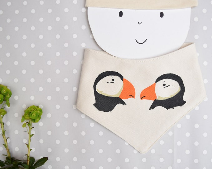 Puffin baby bandana bib in organic cotton.