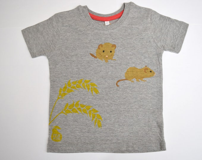 Sale - Dormouse with wheat marl grey childs T-shirt.