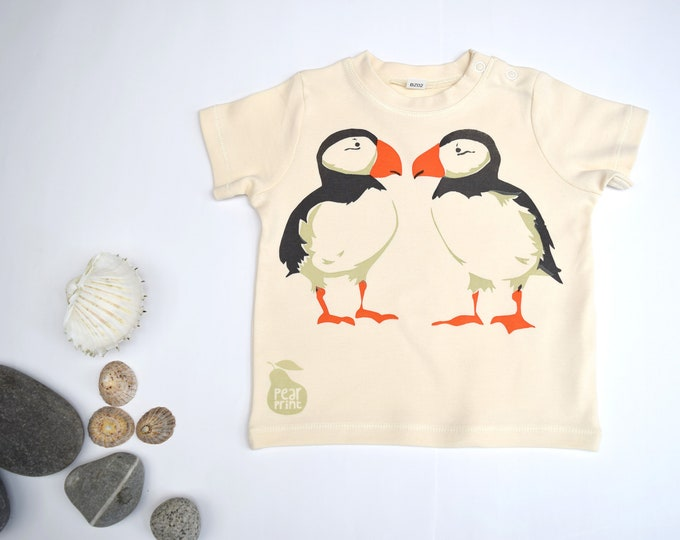 PearPrint baby t-shirt in organic cotton with puffins. Baby boy or baby girl gift.