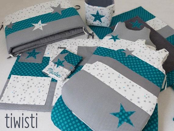 Chambre de bébé complète turquoise et gris : tour de lit, 2  gigoteuses,housse matelas à langer, corbeille, vide poche, protège carnet  santé