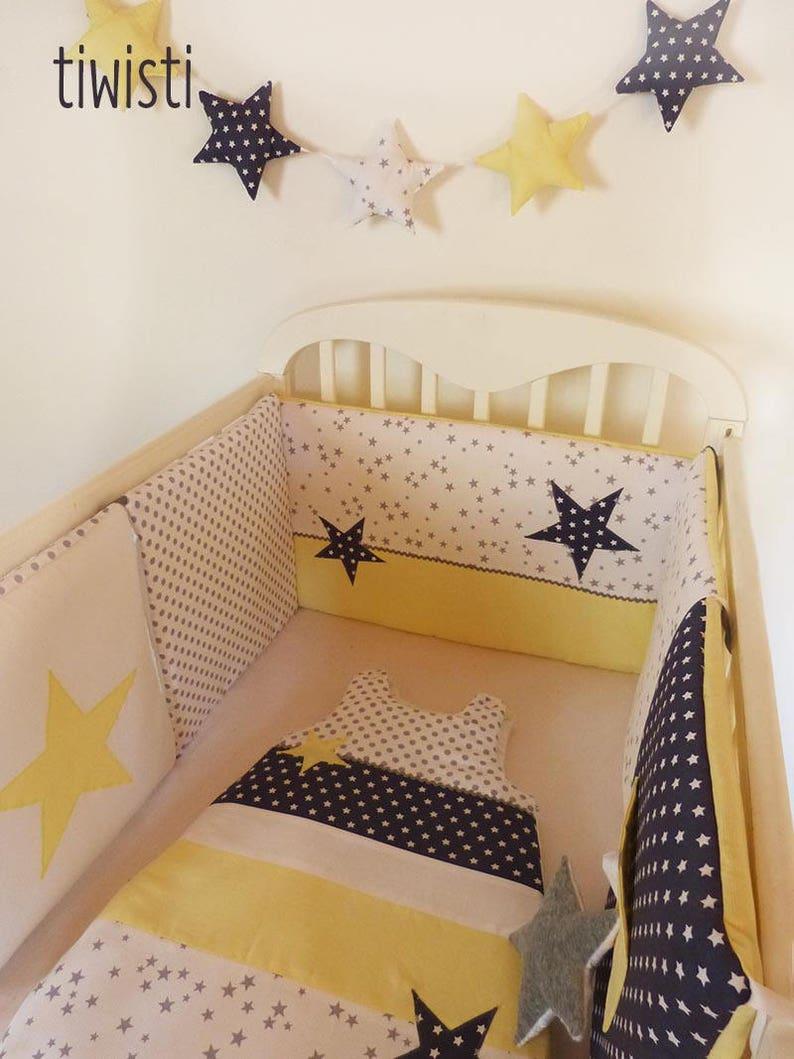Deco Chambre Jaune Et Gris ensemble déco chambre de bébé blanc, gris et jaune pastel : tour de lit,  gigoteuse,housse matelas à langer, corbeilles, doudou et guirlande