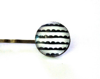 "Bohemian hair clip ""little clouds in black and white sailor"" - retro vintage glass brass bronze"