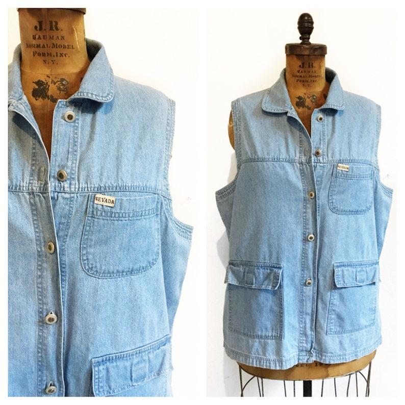 0bfc936ba100f Plus size denim vest sleeveless shirt with pockets. Size 24.