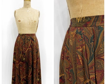Moody paisley rayon pleated midi skirt with pockets. Size M.
