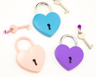 Extra Large Heart Padlock  - Metal working Love lock with Key