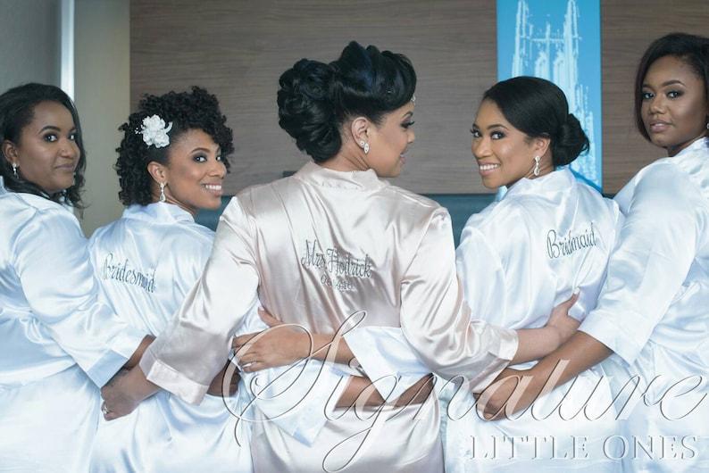b2700054e4 Set of 5 SATIN Bridal Party Robe Gift Shower ~ Monogrammed robe