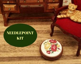 "Dollhouse footstool kit, 1/12 scale footstool, Cross stitch embroidery doll's house stool, Miniature footstool kit, 1.25"" diameter, 28 ct"