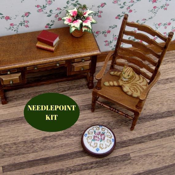 Dollhouse Table 1:12 Scale Dollhouse Half-Round Table Model Miniature Mini Wooden Furniture Desk Children Gift