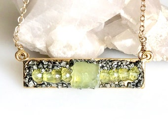 Peridot Necklace, August Birthstone, Raw Peridot Jewelry, Gift for Her, Birthday gift for August, Peridot Necklace for Women, Gemstone Bar