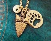 Bear Claw Necklace Personalized Jewelry Arrowhead Necklace Hunting Gift Paw Print Pendant Native American Jewelry Bear Arrow Charm Jewelry