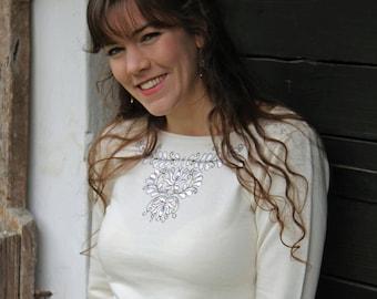 Beige embroidered Transylvanian (székely) sweater-beige/white
