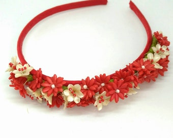 Flower headband in red and pearl shape in polymer clay, headband for bride, bridesmaid, guest or flower girl, statement tiara, prom tiara.