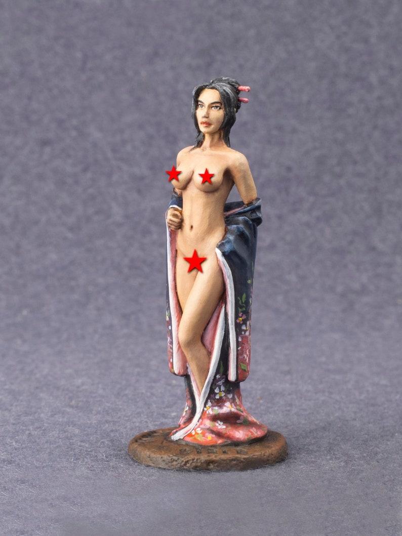 nude geisha