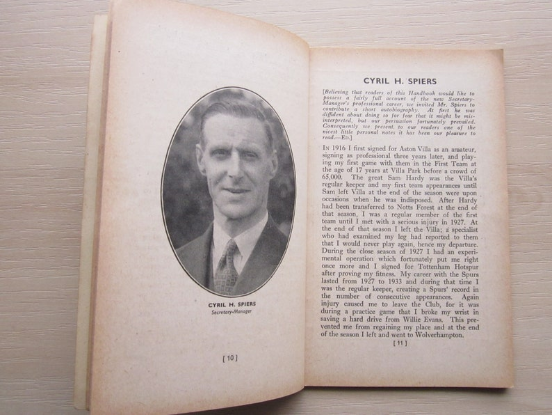 Birthday Present Yearbook Souvenir 1946-47 Norwich City FC Football Club Handbook Fathers Day Ideal Christmas Gift Valentine/'s Day