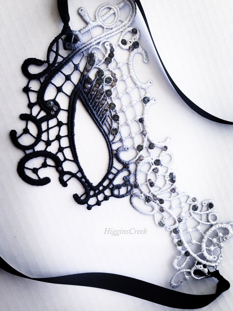 Half face masquerade mask woman Silver ombre lace with black image 0