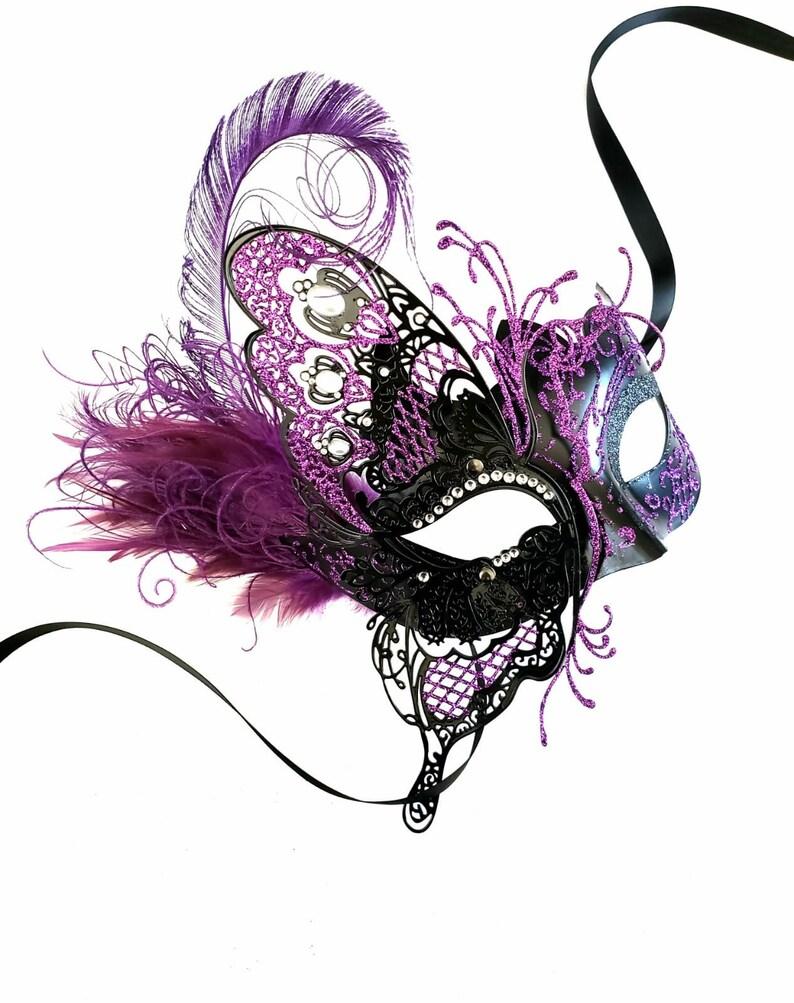 Kostüme & Verkleidungen Masken & Augenmasken White Womens Egyptian Chain Venetian Laser-Cut Filigree Metal Masquerade Mask