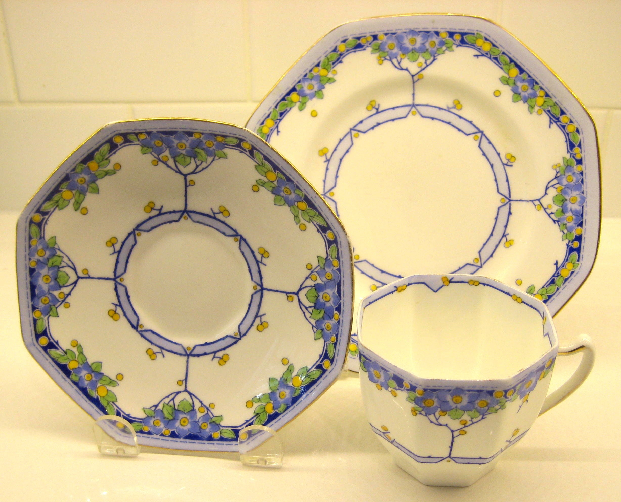 "Saucer and Plate Trio Set Stunning Cobalt Blue /""Melody/"" Wedgwood Tea Cup"