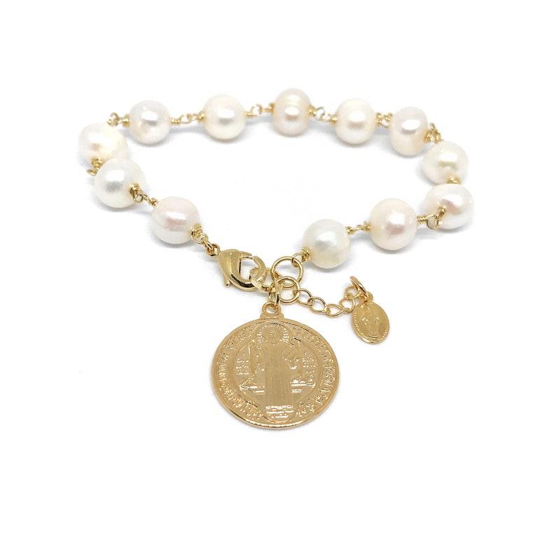 b38885a4a21f Pulsera de perlas cultivadas con Dije de Oro laminado y