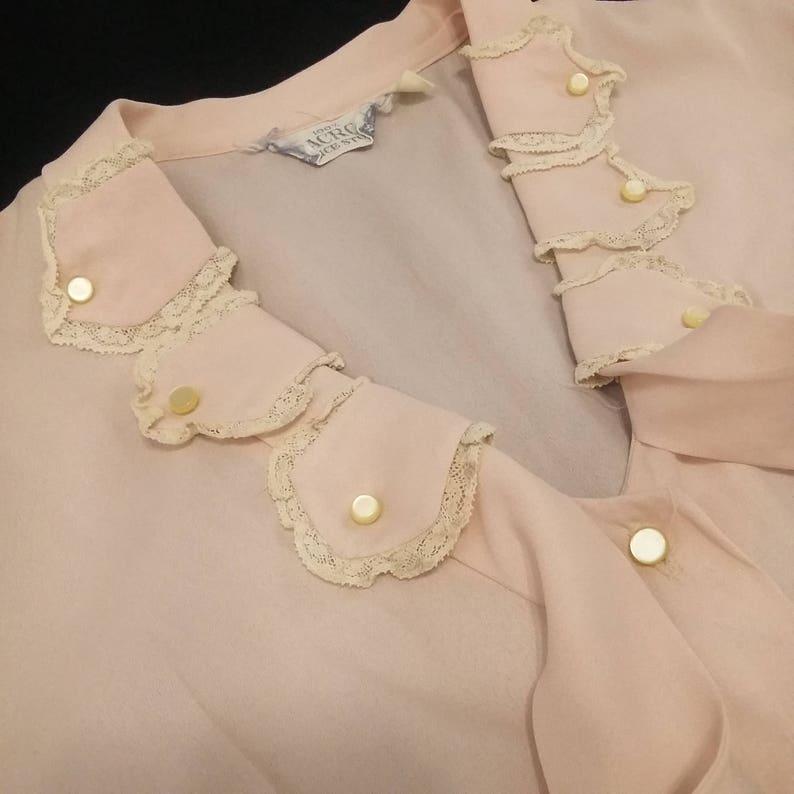 vintage Alice Stuart Dacron Blouse Lace Light Pink Pussy Bow Neckline sz Medium 70s 80s Secretar