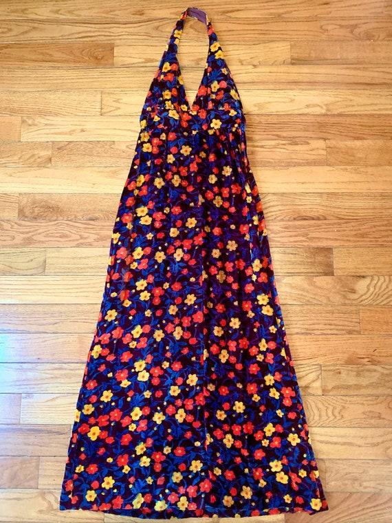 Perfect 1970's Halter  Maxi Dress