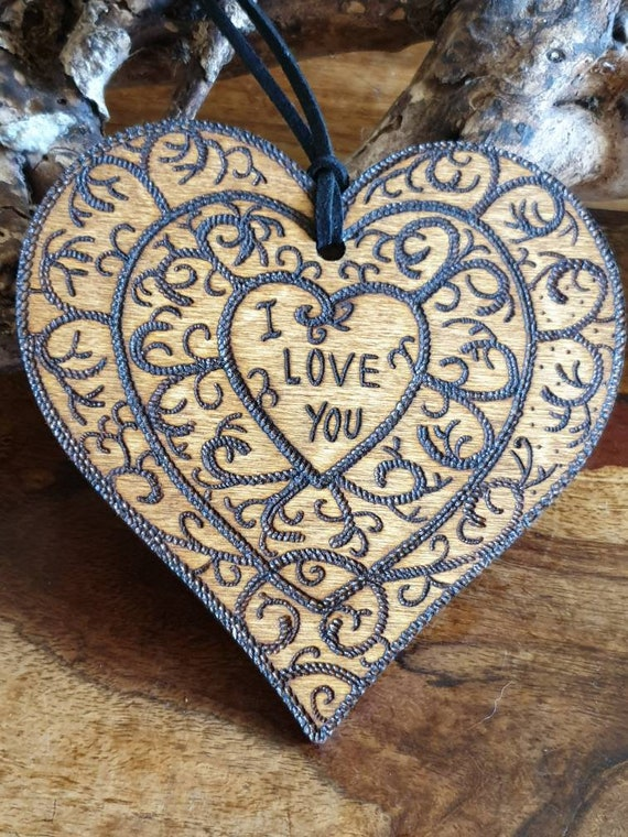 Valentine Romantic Gifts /'I Love You/' Personalised Wooden Keyring PU Leather