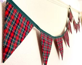 Christmas Tartan Bunting, red & green festive Garland, traditional winter banner fabric flags, fireplace, mantelpiece decor Xmas gift