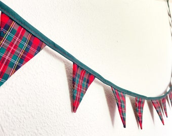 Mini Christmas tartan bunting, red and green fabric flags Garland, traditional festive Xmas tree ornament, winter fireplace hanging