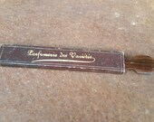 1910 TRAVEL SIZE STROP for straight razor with original box. French antique barber shop leather sharpening tool for knives and scissors too.