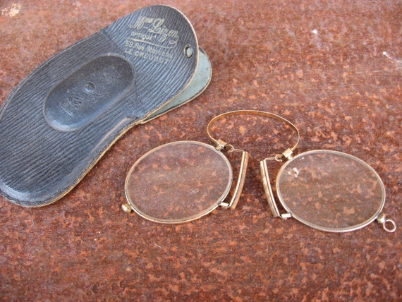 Pinz Nez Specs Glasses Costume Spectacles Pince Gold 1900/'s Party Accessory