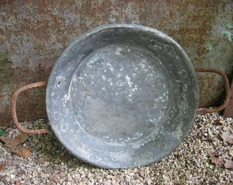 Large French Metal Basin. Galvanised copper pan with iron handles. Country style home accessories. Farmhouse decor bowl, garden birdbath
