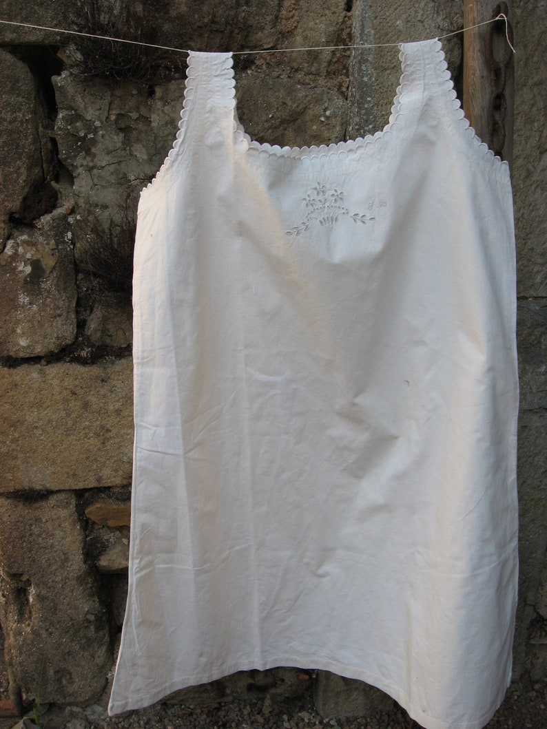 5866034474 Edwardian linen chemise. French antique cotton large