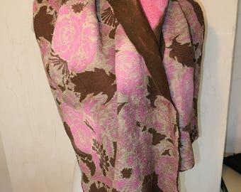 Nuno felted scarf made of Merino Wool with silk fabric