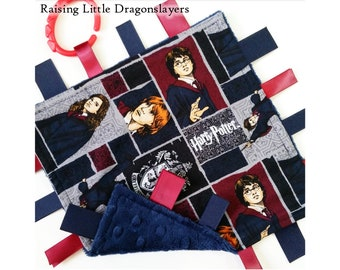 Harry Potter - Ribbon tab blanket made w/ Harry Potter print with Gryffindor characters, infant sensory toy, baby blanket
