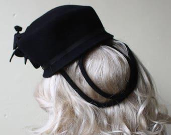 Vintage 40s Black Wool Sculpted Floral Tilt Hat