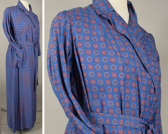 Blue Rayon Medallion Print Vintage 50s Bathrobe Un
