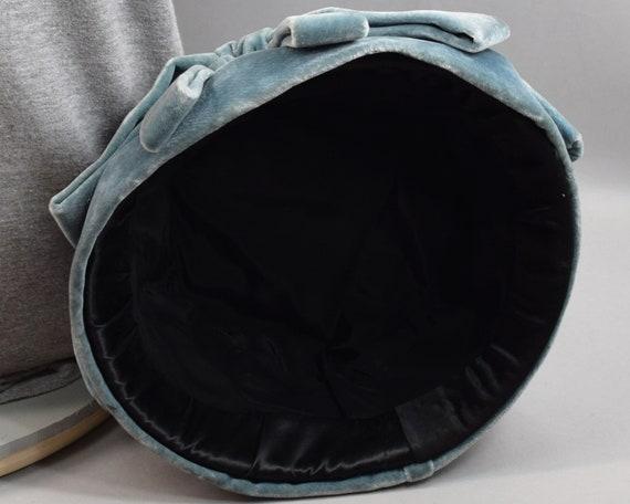 Soft Blue Gray Velvet & Satin Vintage 50s Cloche … - image 9