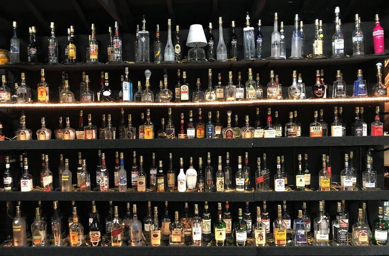 Home Bar Desk Accent Light Man Cave Lighting Disaronno Liqueur Liquor Bottle TABLE LAMP with Wood Base Pub Lounge Decor
