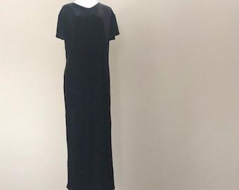 Vintage Velvet Nightgown by Cacique Lingerie 34b8fe5bb