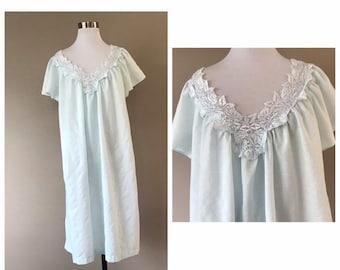 Vintage Komar Cotton Nightgown d6f0c7098