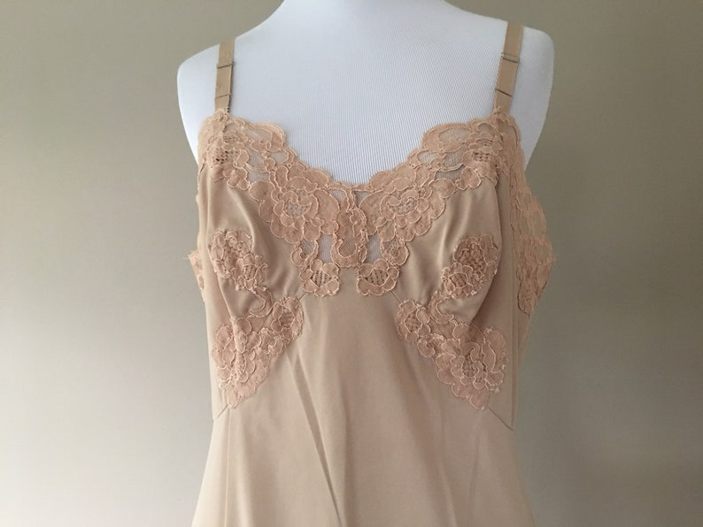 M Vintage Full Slip Extender Beige Nude Nylon with Wide Lace Trim by Gossard Artemis 36 Under Dress Underdress Slip Medium