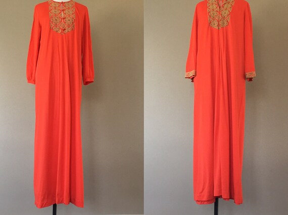 Vintage Nightgown and Dressing Gown Robe Sleepwear