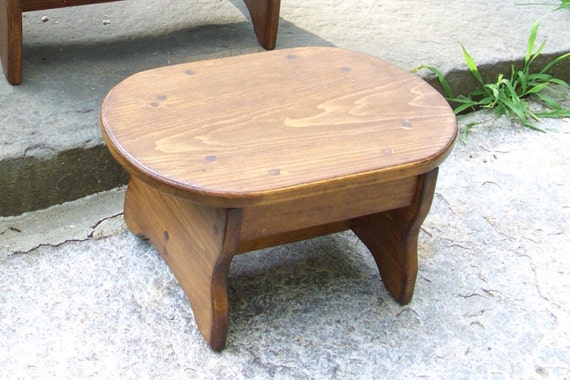 Marvelous Carry Slot Smaller Oval Foot Stool Handcrafted Heavy Duty Wooden Bed Pet Step Bathroom 10 X 15 X 7 5H Or 6 5 Pick Height Color Creativecarmelina Interior Chair Design Creativecarmelinacom