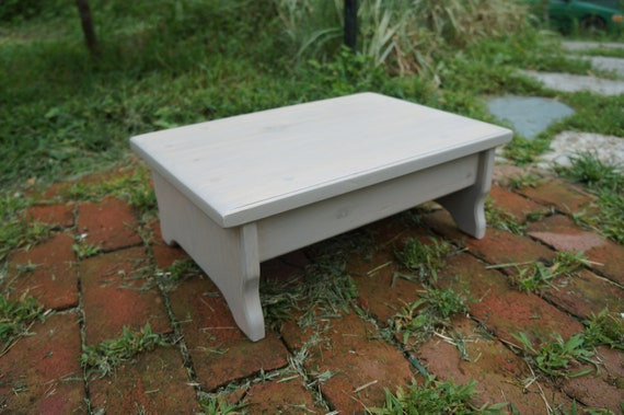 Brilliant Handcrafted Heavy Duty Step Stool Solid Wood Adult Bedside Foot Stool 11 X 16 X 6 Or 5 7 8 8 5 H Sunbleached Stain Or Pick Color Creativecarmelina Interior Chair Design Creativecarmelinacom